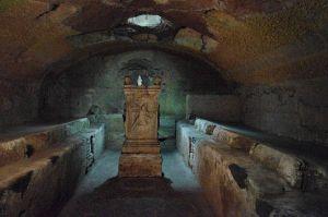 Mithraeum, Rome. Image source: Matricien